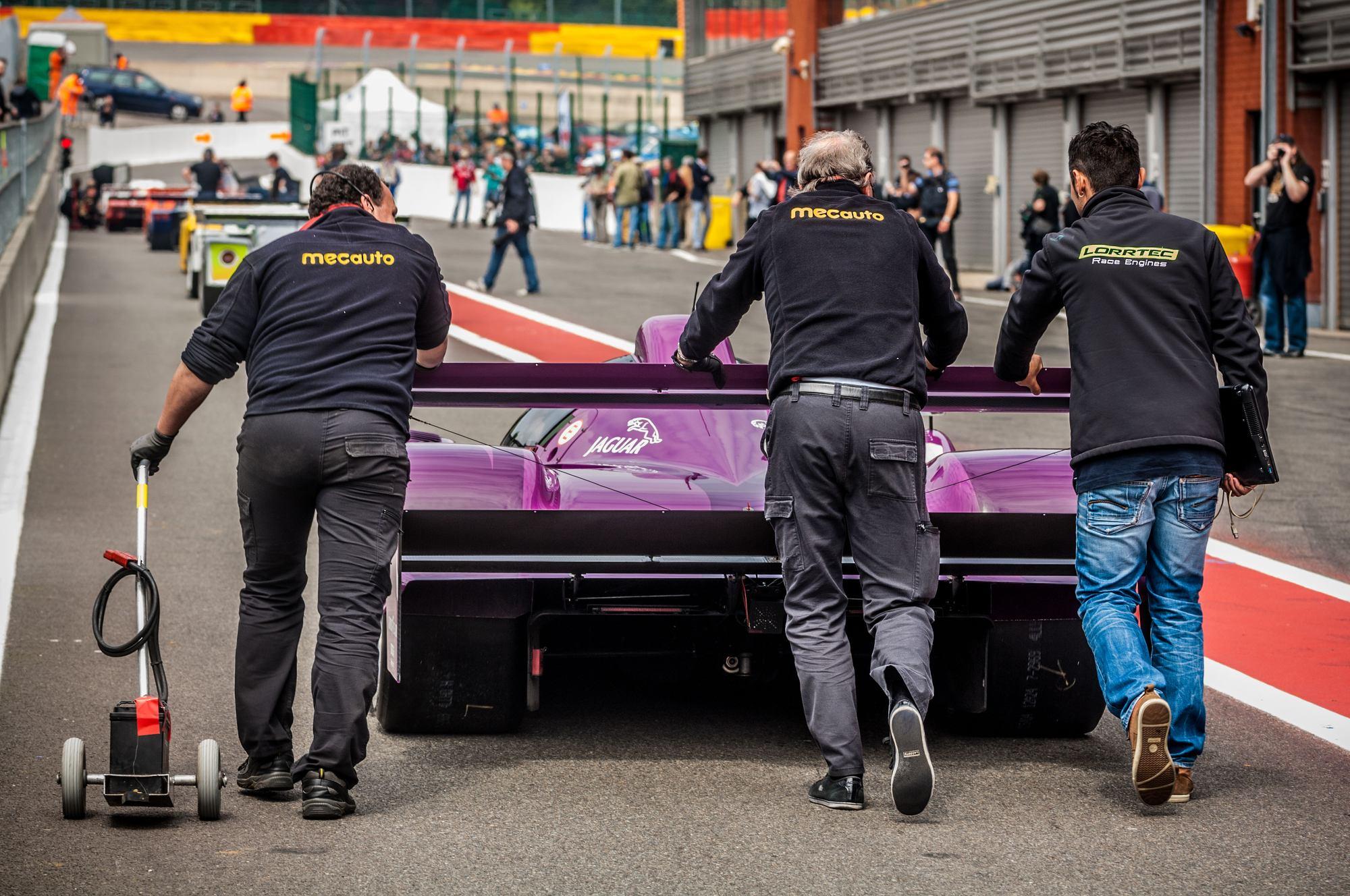 groupeC Jaguar Slik Cut voie des stands Spa Francorchamps