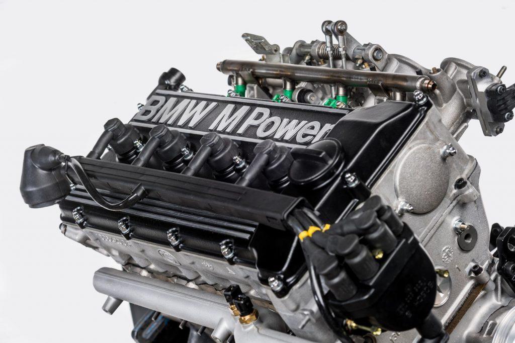 moteur BMW-S14-couvre-culasse